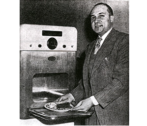 Inventeur four micro-ondes Percy Spencer